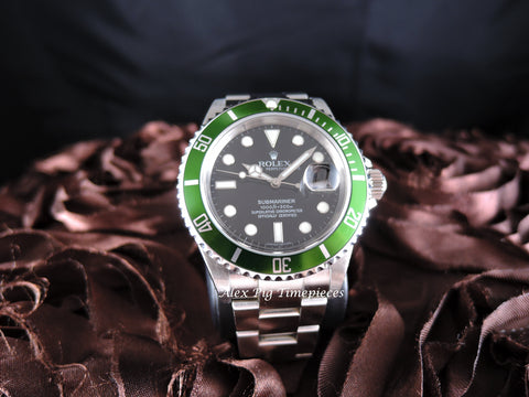 Rolex SUBMARINER 16610LV Green Bezel with Box and PAPER Like New