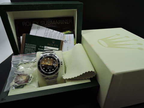 2009 Rolex SUBMARINER 16610 (No Hole Case) with Box and Paper