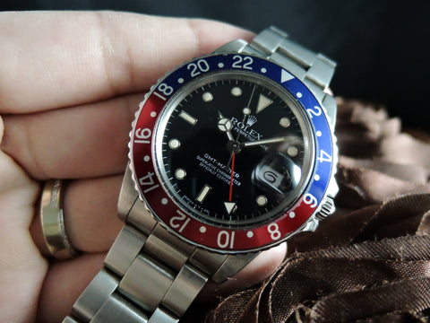 1987 Rolex GMT MASTER 16750 Pepsi with Nice Patina and Solid Band