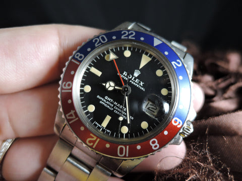 1977 Rolex GMT MASTER 1675 Pepsi with Nice Patina with Oyster Band