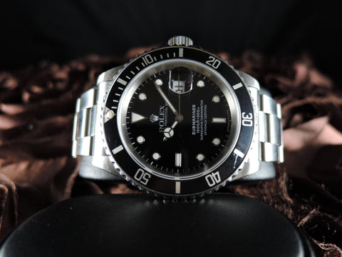 1991 Rolex SUBMARINER 16610 Black Dial Black Bezel in Mint Condition