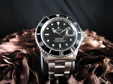 1989 Rolex SUBMARINER 16610 Black T25 Dial Black Bezel in Mint Condition