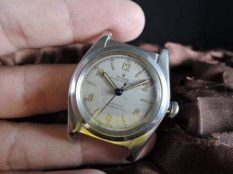1945 Rolex BUBBLEBACK 6015 with Creamy Dial and Sword Hands
