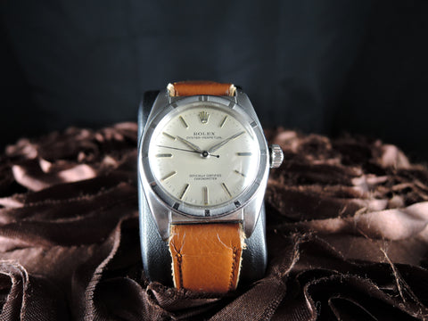 1950 Rolex BUBBLEBACK 6015 with Creamy Dial and Dauphine Hands