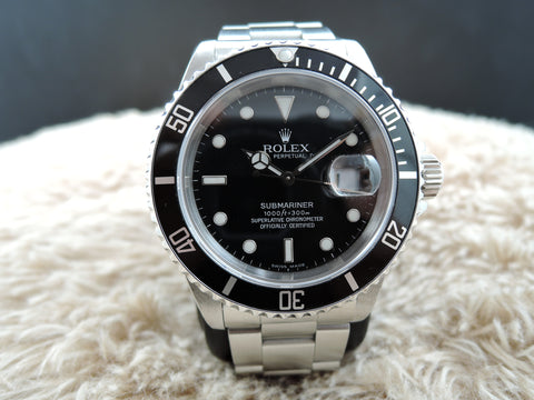 1991 Rolex SUBMARINER 16610 Black Dial with Black Bezel