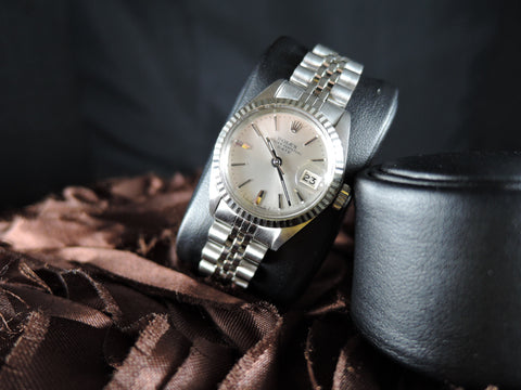 Rolex DATE Ladies 6917 SS Silver Dial with Solid Jubilee Band