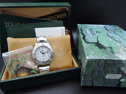[NEW] 2001 Rolex EXPLORER 2 16570 White Dial Full Set (NOS)