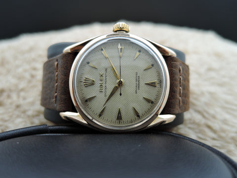 1950 Rolex BUBBLEBACK 18K Rose Gold BOMBAY 6090 with Honeycomb Dial
