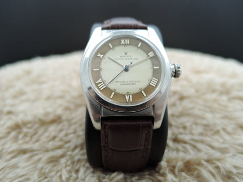 1948 Rolex BUBBLEBACK 2940 with 2-Tone Salmon Dial with Raised Roman