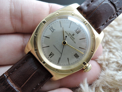 1947 Rolex BUBBLEBACK 3372 18K YG Case with White Roman Dial