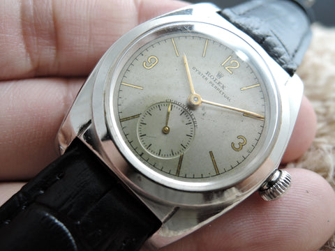 1945 Rolex BUBBLEBACK 2764 with 3 9 12 Arabic Numerals and Sub-Seconds
