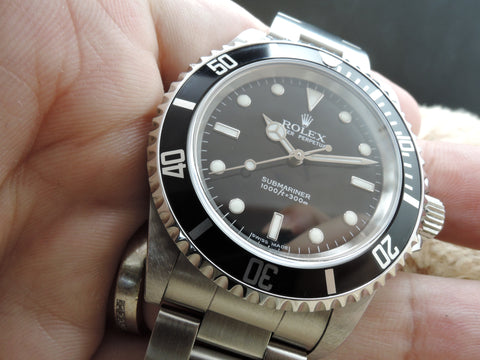 2005 Rolex SUBMARINER 14060M with Box and Paper