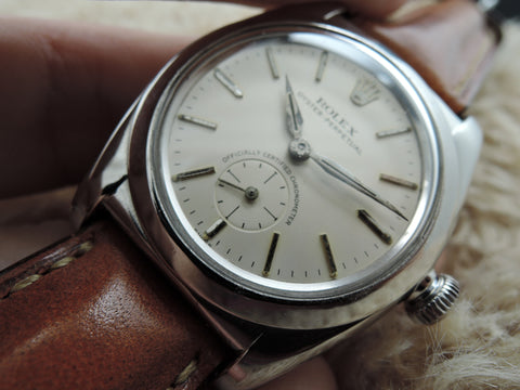 1955 Rolex BUBBLEBACK 3135 with Original Silver Dial with Sub-Seconds