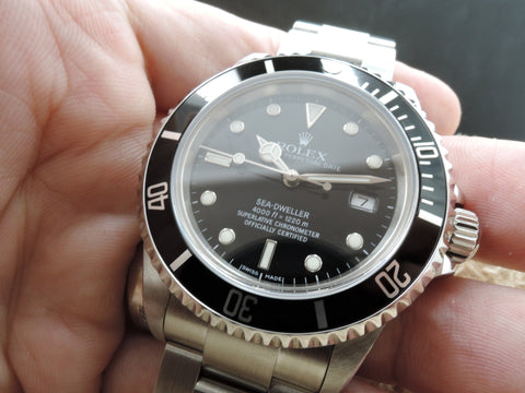 2000 Rolex SEA DWELLER 16600 with Box and Paper