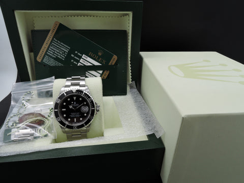 2007 Rolex SUBMARINER 16610 (No Hole Case) with Box and Paper
