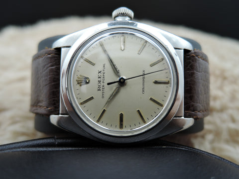 1957 Rolex BUBBLEBACK 2940 with Original Silver Dial