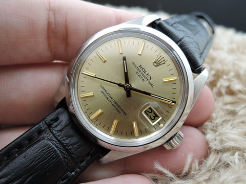 1972 Rolex OYSTER DATE 1500 Original Gold Dial with Gold Markers