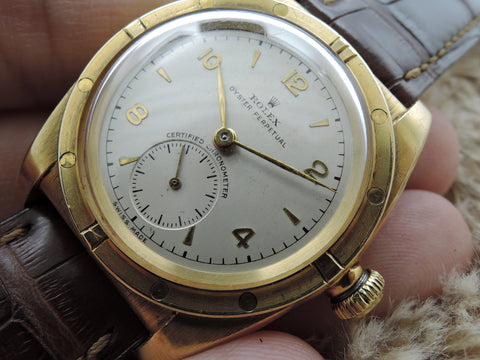 1947 Rolex BUBBLEBACK 3485 18K Yellow Gold with Arabic Numerals and Sub Seconds