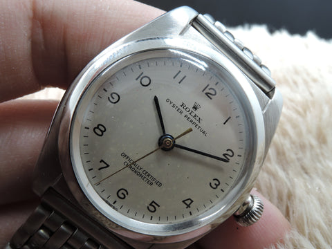 1942 Rolex BUBBLEBACK 2764 with Original Silver Arabic Dial