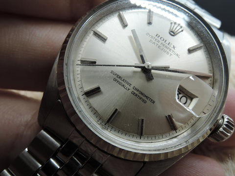 1977 Rolex DATEJUST 1601 SS ORIGINAL Silver (No Lume) Dial with Folded Jubilee