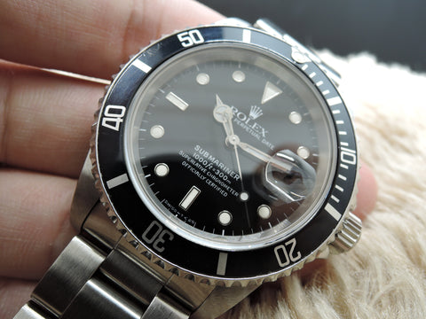 1990 Rolex SUBMARINER 16610 Black Dial Black Bezel in Mint Condition