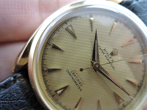 1954 Rolex BUBBLEBACK 18K Yellow Gold BOMBAY 6090 with Honeycomb Dial