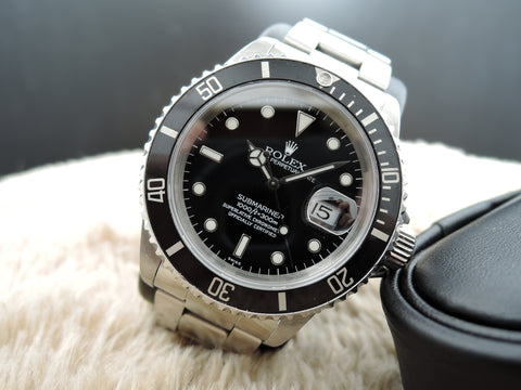1999 Rolex SUBMARINER 16610 Black Dial with Black Bezel