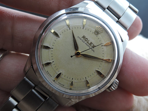 1954 Rolex SEMI-BUBBLEBACK 6332 with 2-Step Bullseye Dial