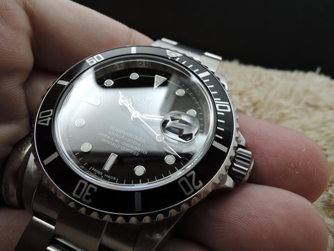 2010 Rolex SUBMARINER 16610 Random Serial with Box and Paper
