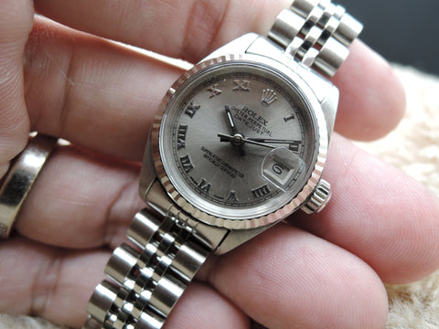 1972 Rolex DATE Ladies 6917 SS Grey Roman Dial with Solid Jubilee Band