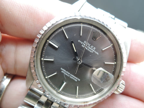1977 Rolex DATEJUST 1603 SS ORIGINAL Light Grey Dial with Folded Jubilee
