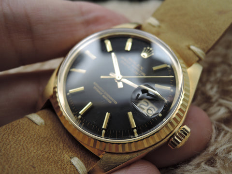 1972 Rolex DATEJUST 1601 18K YG with Original Matte Black Dial