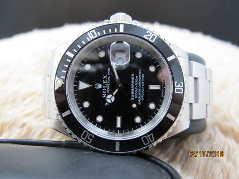 1994 Rolex SUBMARINER 16610 (T25) Black Dial with Black Bezel