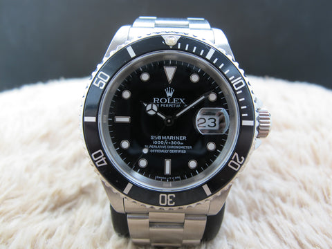 1993 Rolex SUBMARINER 16610 (T25) Black Dial with Black Bezel