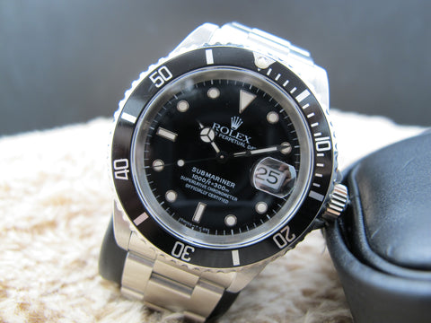 1995 Rolex SUBMARINER 16610 (T25) Black Dial with Black Bezel