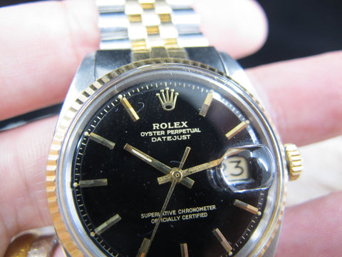 [1971] Rolex DATEJUST 1601 2-Tone with Original Glossy Gilt Dial and Folded Jubilee