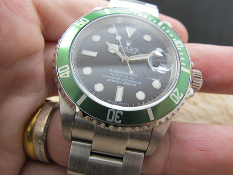 2008 Rolex SUBMARINER 16610LV Green Bezel with Box and Card