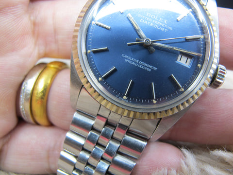[1972] Rolex DATEJUST 1601 SS ORIGINAL Glossy Blue Dial with Folded Jubilee