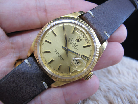 [1972] Rolex DAY-DATE 1803 18K Gold with Champagne Dial (Unpolished)