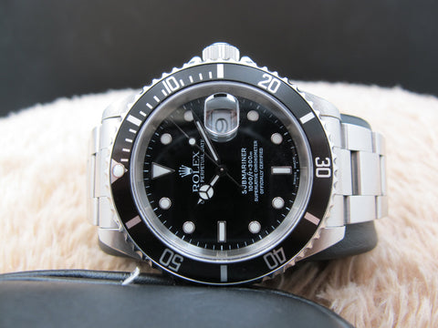 2000 Rolex SUBMARINER 16610 Black Dial Black Bezel with Box and Paper