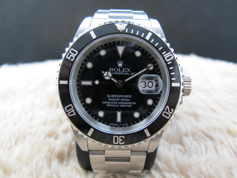 1995 Rolex SUBMARINER 16610 Black T25 Dial with Black Bezel