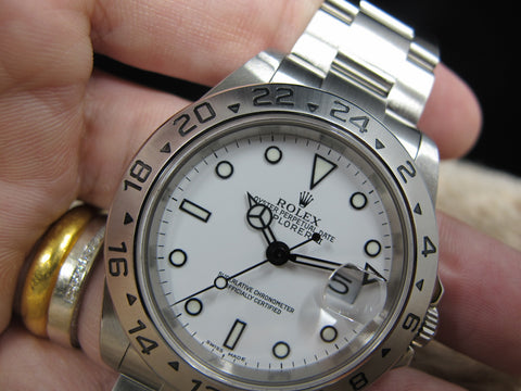 2006 Rolex EXPLORER 2 16570 with White Dial (No Hole Case)