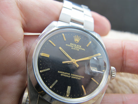 1970 Rolex OYSTER DATE 1500 with Tropical Glossy Gilt Dial