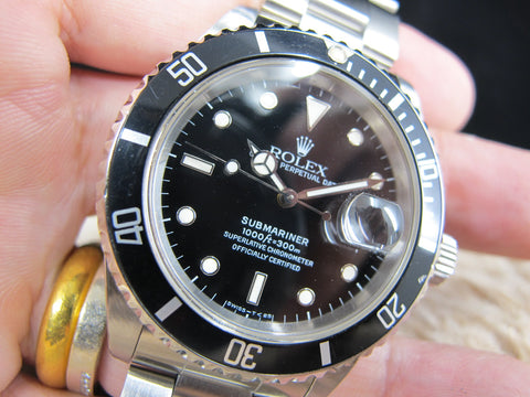 1990 Rolex SUBMARINER 16610 (T25) Black Dial with Black Bezel