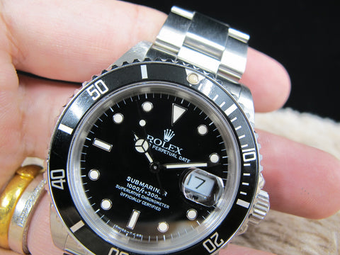 1988 Rolex SUBMARINER 16610 (T25) Black Dial with Black Bezel