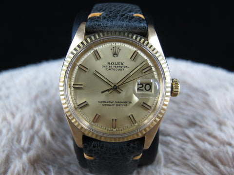 1972 Rolex DATEJUST 1601 18K YG with Original Gold WIDE BOY Dial