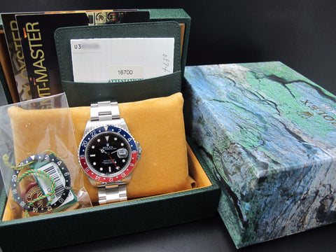 1998 Rolex GMT MASTER 16700 (T25 Dial) Pepsi Bezel with Full Set
