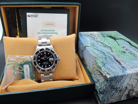 1993 Rolex SUBMARINER 16610 (T25 Dial) Full Set with Box and Paper