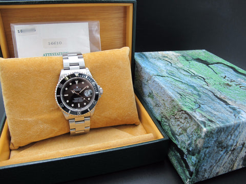 1996 Rolex SUBMARINER 16610 (T25 Dial) with Box and Paper