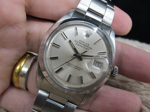 1975 Rolex DATEJUST 1600 SS ORIGINAL Silver Dial with Folded Oyster Band